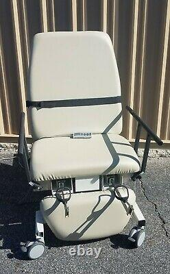Biodex Ultrasound Pro Table with Hand Control 058-720 New Creme Upholstery